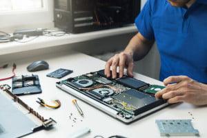 Expertise die varieert van webproductie, computer reparatie, onderhoud, instellingen, aankoop, software, service en netwerkinstallaties.